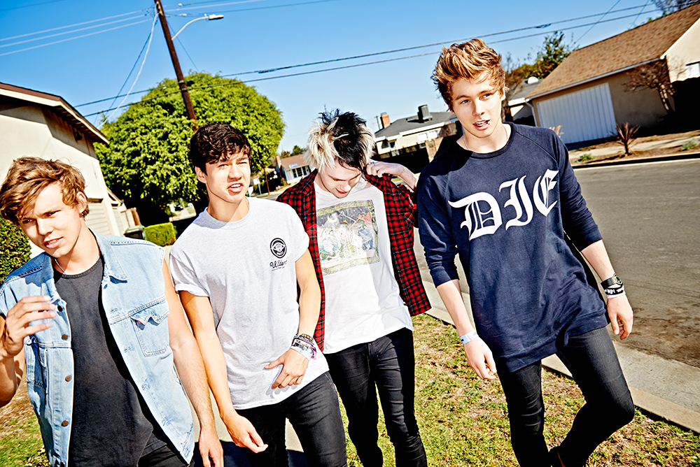 5SOS header photo